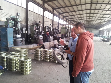 pipe-fittings-clients-visiting-haihao-group