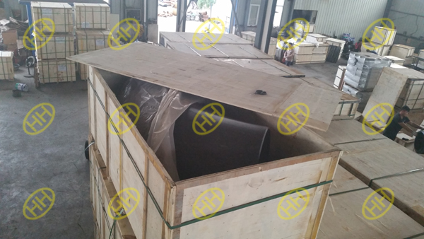 Hebei Haihao steel pipe fitting factory provide packing as per client requirement.