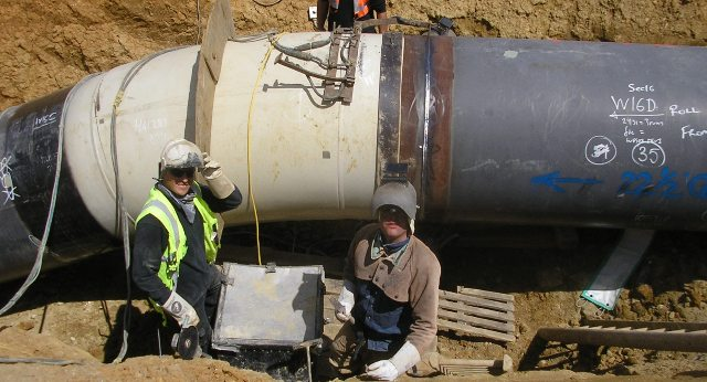 hot-induction-bend-butt-welded-to-pipeline-underground