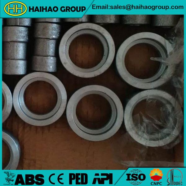 A105-Socket-Weld-Pipe-Couplings