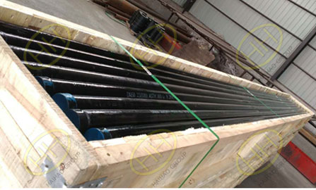Packing steel pipe with wooden case
