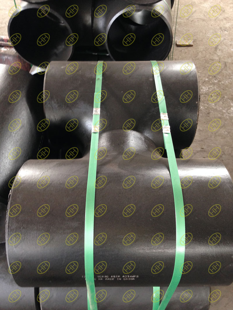 Pipe tee manufacturing process: hydraulic bulging and hot pressing forming