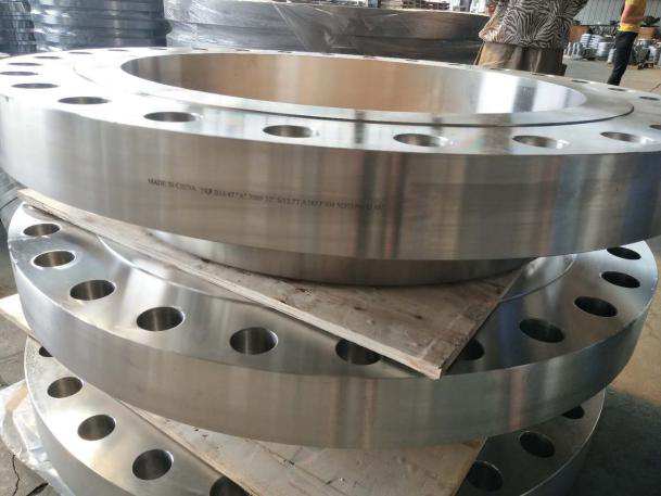 ASME B16.47-A ASTM A182 F304 weld neck raised face flange
