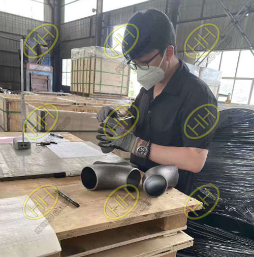 Professional inspection of small size elbow and tee